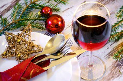 Die perfekte Weihnachtsdekoration für Ihre Festtafel